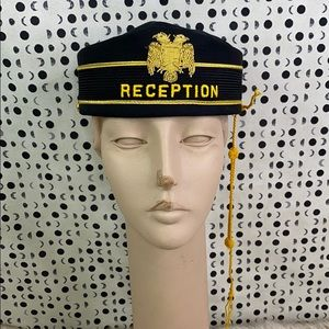 VINTAGE: Pill Box Hat